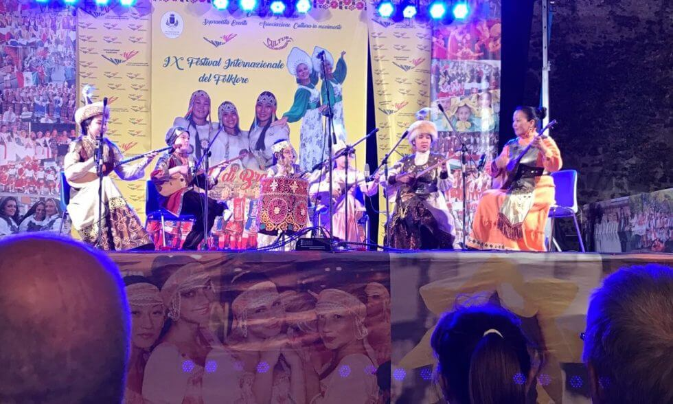 Көкіл» принял участие в ІХ Международном фольклорном фестивале в Италии